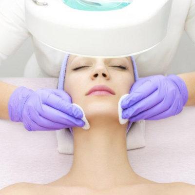 Cápsula anti-acné